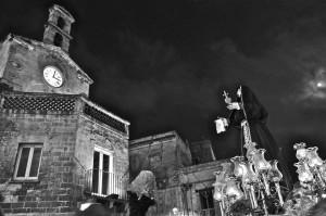 Foto tratta da http://www.corriereditaranto.it/verso-la-premiazione-del-concorso-le-croci-delladdolorata/